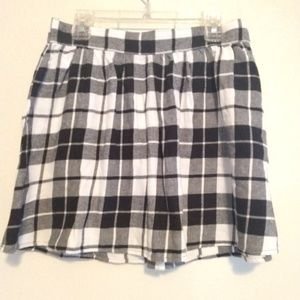 Xhilaration Black White Plaid Skater Skirt